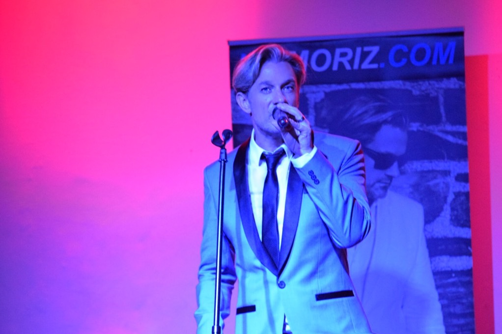 Ike Moriz Valentines Day concert Strand Helderberg Somerset West swing jazz Sinatra Bublé Simone rat pack tribute hits springbok blues restaurant romantic wonderful evening show love swings home everything sway