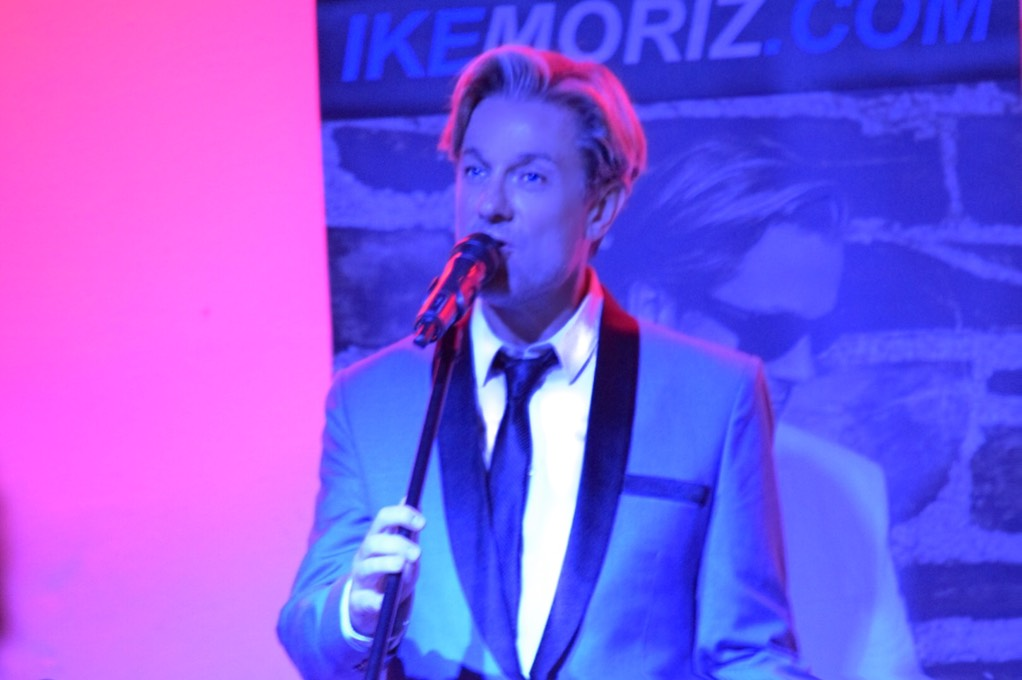 Ike Moriz Valentines Day concert Strand Helderberg Somerset West swing jazz Sinatra Bublé Simone rat pack tribute hits springbok blues restaurant romantic wonderful evening show love swings thats life