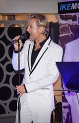 Top Wedding Singer MC solo wedding entertainer corporate vocalist Ike Moriz live